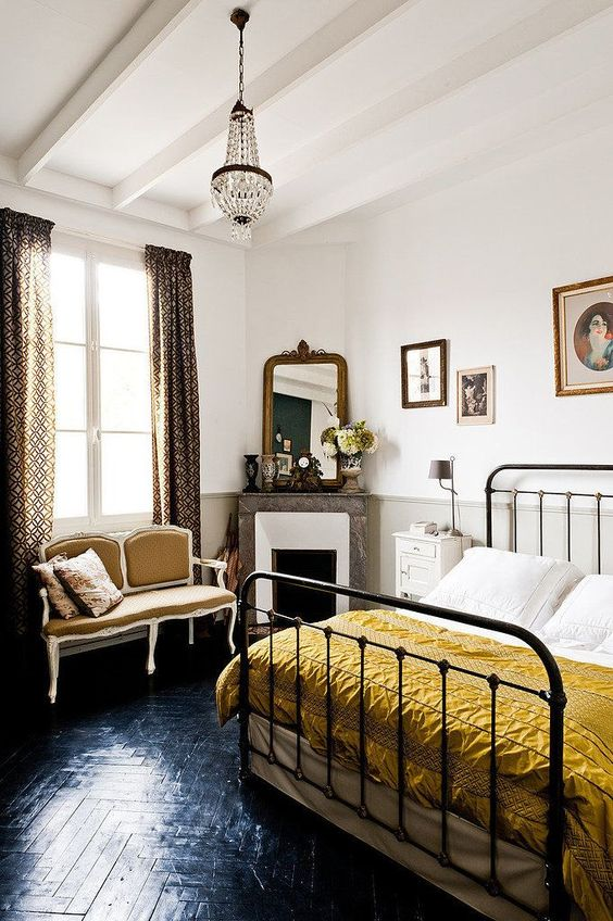 Bedroom interior decorator in a dull-yellow color scheme