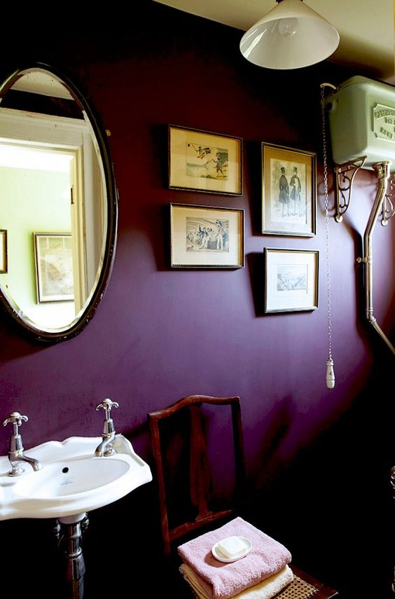 interior color trends_small bathroom wall painted in purple color