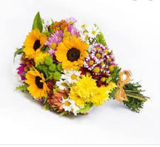 Cone Flores do Campo com Girassóis