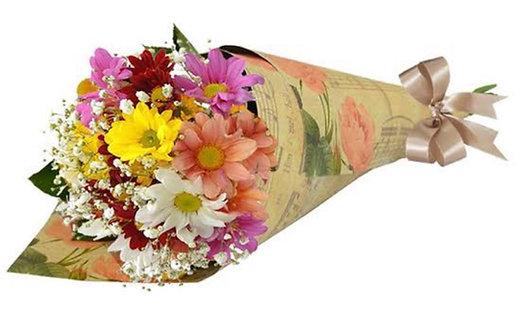 Cone com Flores do Campo Variadas.