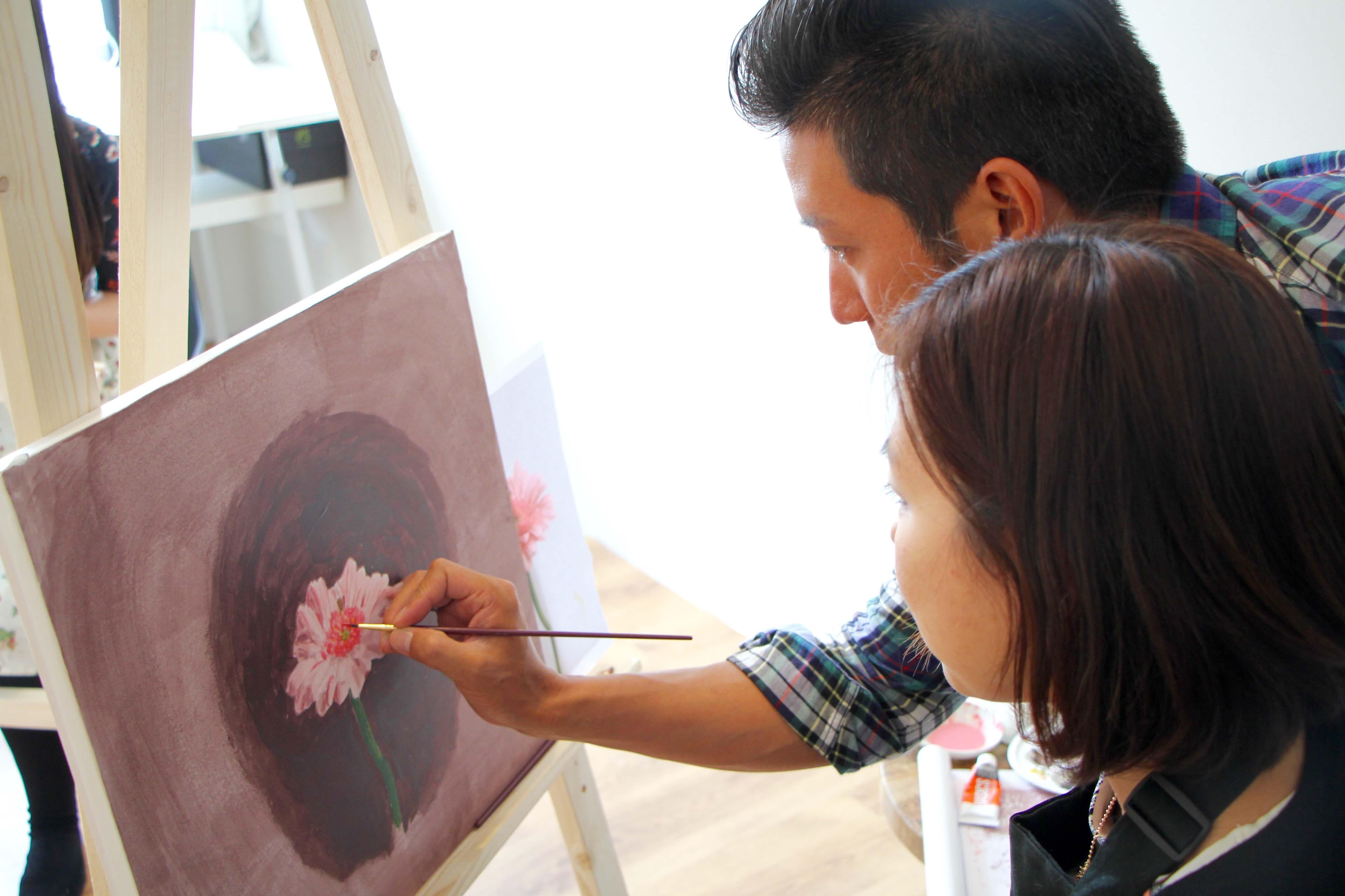 絵画教室指導3.jpg