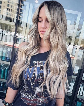 """L I N D S E Y🌴 .__22"""" extensions for th"""