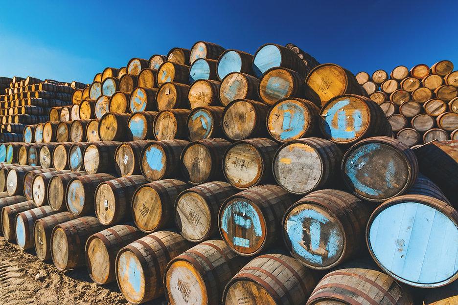 brian-taylor-27hPQyRyhrk-unsplash.jpg whisky finishing fass barrel cask
