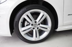 Detail Mania Clean Car Rims. JPG