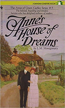 Anne's House of Dreams - L.M. Montgomerey