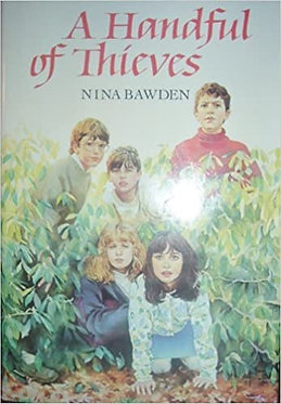 A Handful of Thieves - Nina Bawden