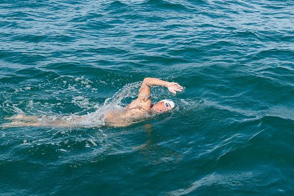 14h de nage non stop