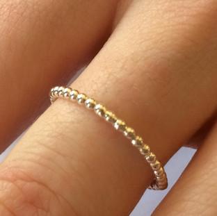 Ball stacking ring