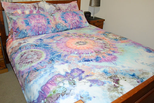 Quilt Cover Set - Centred Geodes