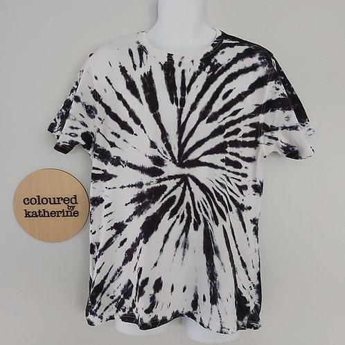 Unisex Adults Tee - Black & White Spiral