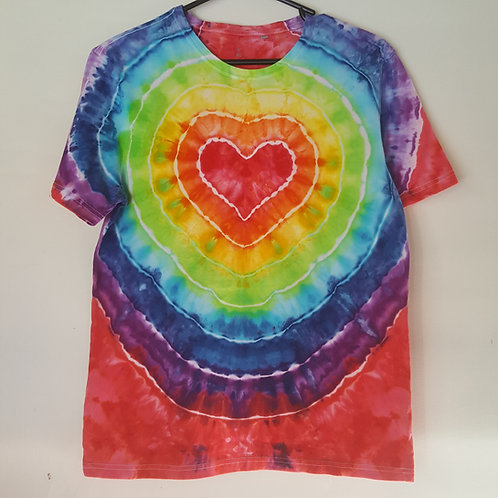 Unisex Adults Tee - Rainbow Heart