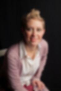 Dott.ssa Julieta Crouzeilles - Laurea Magistrale in Psicologia Clinico-dinamica.  Laurea Triennale in Psicologia dello Sviluppo e dell'Educazione.  Psicomotricista relazionale.  Insegnante di massaggio infantile 0-12 mesi.  Esperta in tecniche di rilassamento.  Madrelingua spagnola.