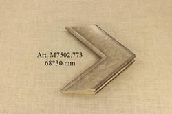 M7502.773