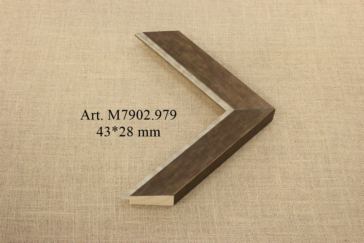 M7902.979
