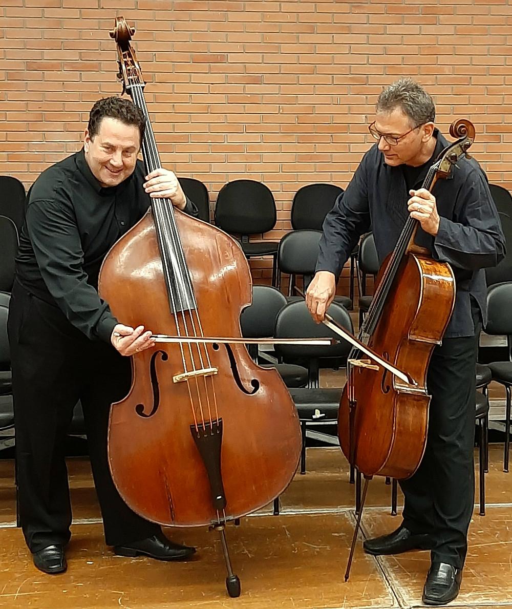 Violoncelista Rodrigo Alquati e contrabaixista Walter Schinke interpretam Barrière e Rossini em performance gravada especialmente para a série de recitais virtuais da Casa da Música Poa