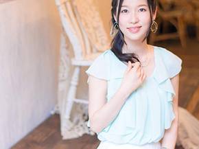 原由実 8thシングル「プリズムレイン」c/w「桜、月華に舞う」リリース