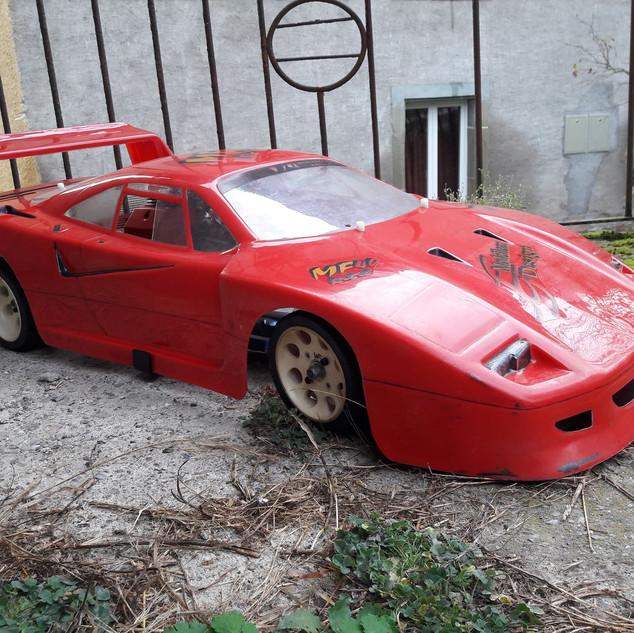 Ferrari F40 1/4