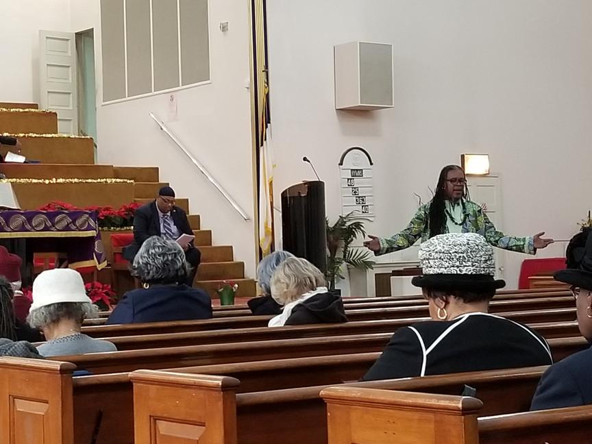 Rev. Thomas at Siloam3.jpg