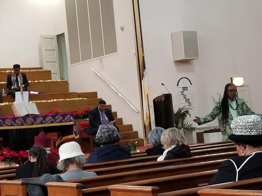 Rev. Thomas at Siloam4.jpg