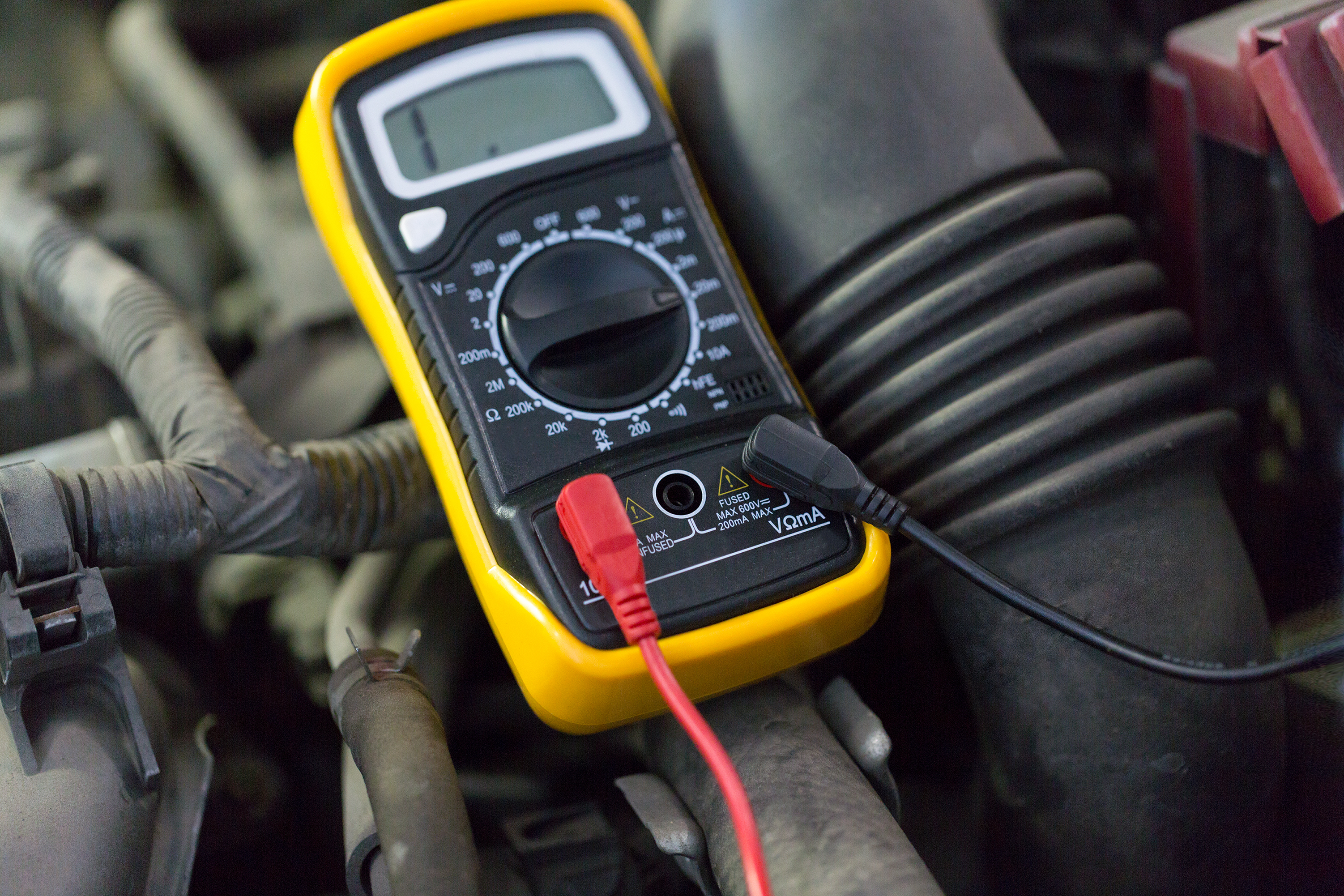 auto service, repair and maintenance con