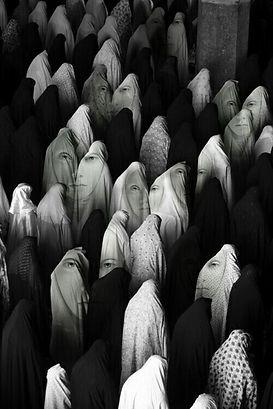 1677410_muslim_women.jpg
