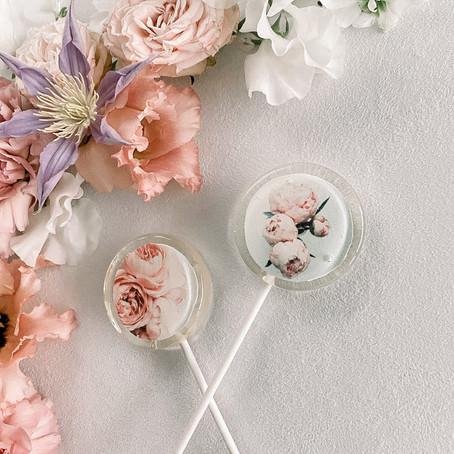 Lollipops to Make Eyes Pop - Wedding Favours