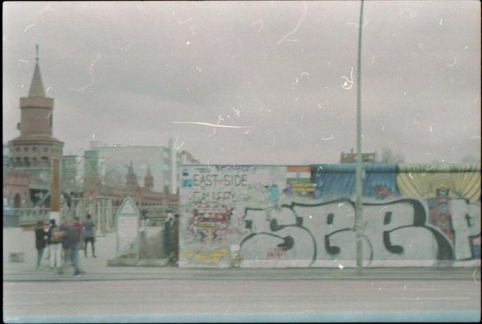 FILM26.jpg