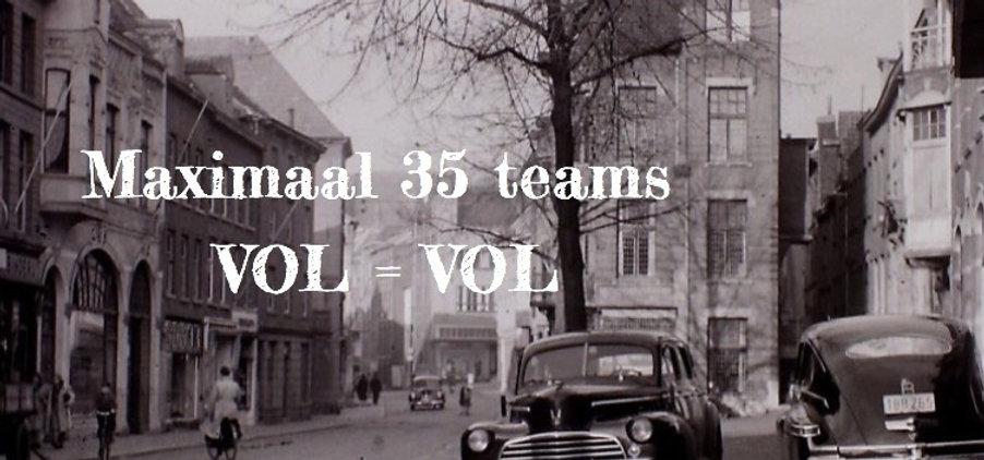 Oud Roermond Neerstraat met mooie oude auto's_edited_edited_edited_edited.jpg