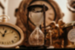 Vintage clock and hourglass New Jersey Appraisal