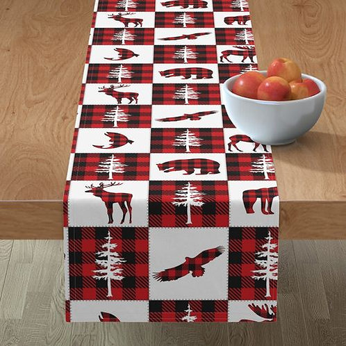 Red & White Forest Animals Buffalo Check Quilt Wallpaper and Home Dé