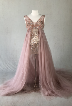 dress2_edited_edited.png