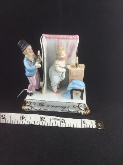 Victorian Fairing - Lady's boudoir scene