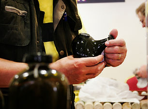Holding onion bottle