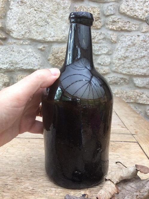 Freeblown blackglass squat c1810