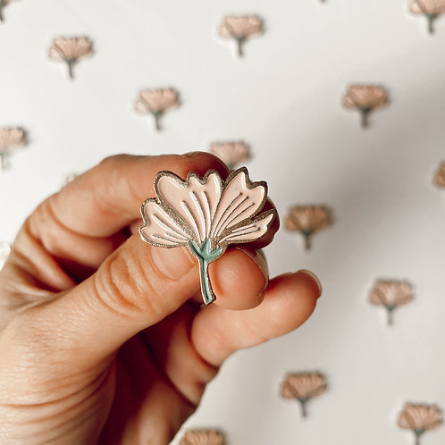 Nuevo Pin Flor Rosa