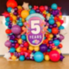Happy 5 years to @thedoseum! 🥳 San Anto