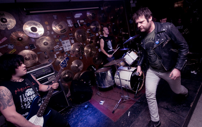Photos from the Long Knife Gig at Verns