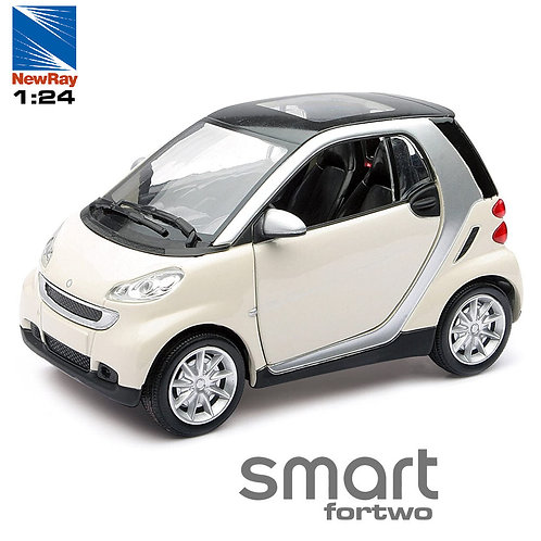 1:24 SMART FORTWO NEW RAY