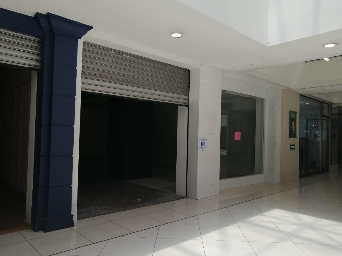LocalComercial No. 204| C.C. Unicentro | Zona 10, Cd. de Guatemala