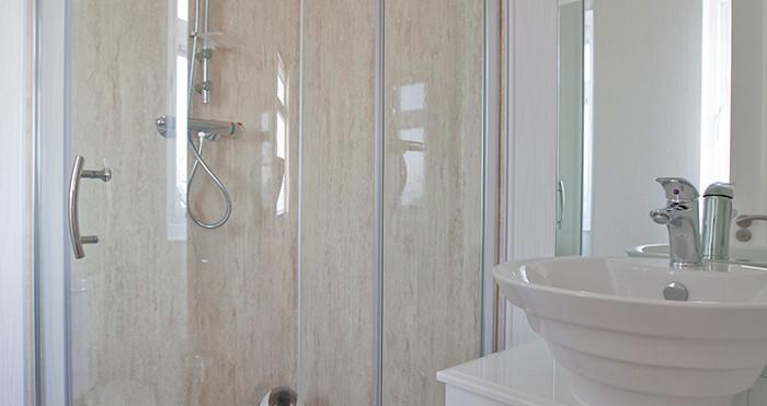 Arundel Lodge Shower