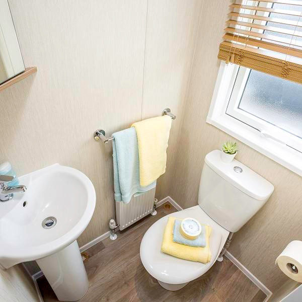 Marlow Toilet