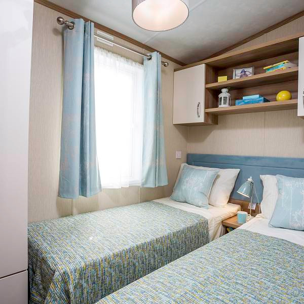 Marlow Luxury Lodge bedroom
