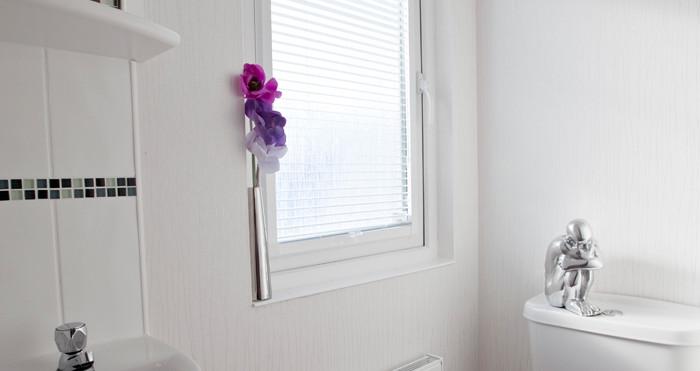 Salisbury Executive Lodge toilet