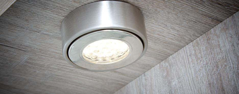 Ovation Lodge under lighting