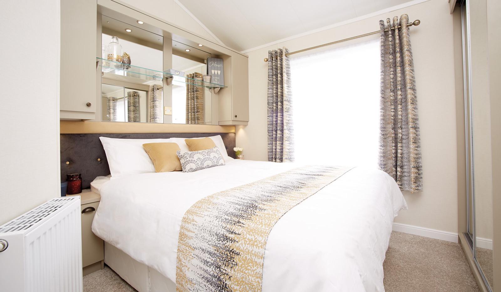 Atlas Azalea Lodge Master Bedroom