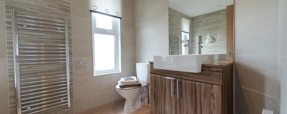 toilet woodburn luxury lodge royal arch riverside park