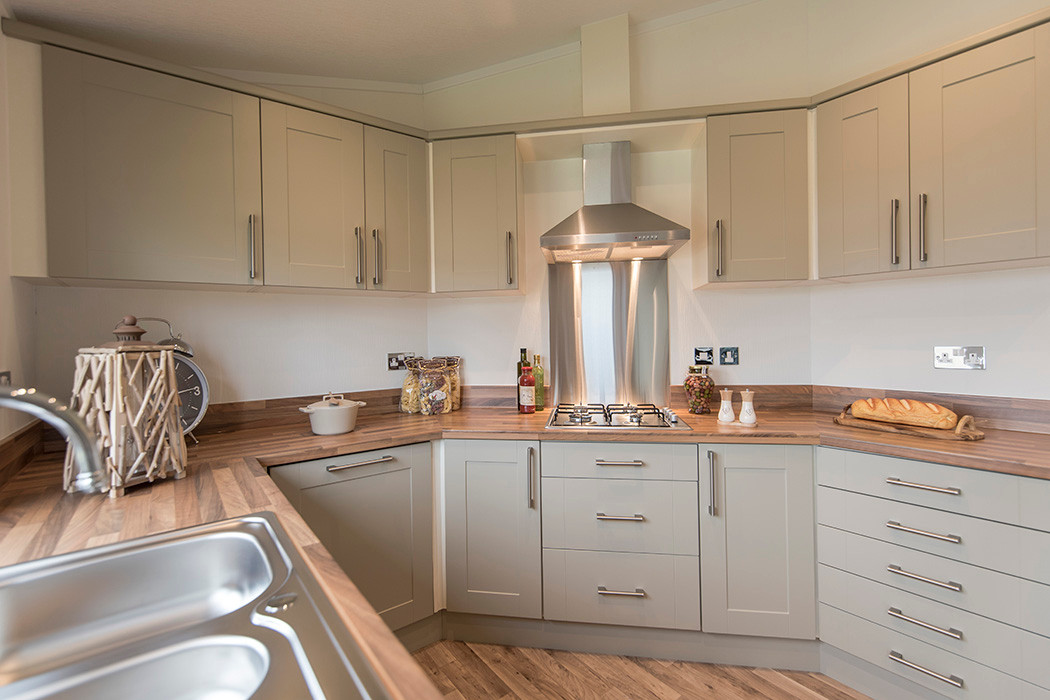Badminton luxury holiday home kitchen