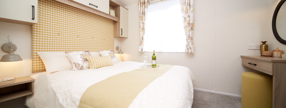 Atlas Sherwood Lodge master bedroom