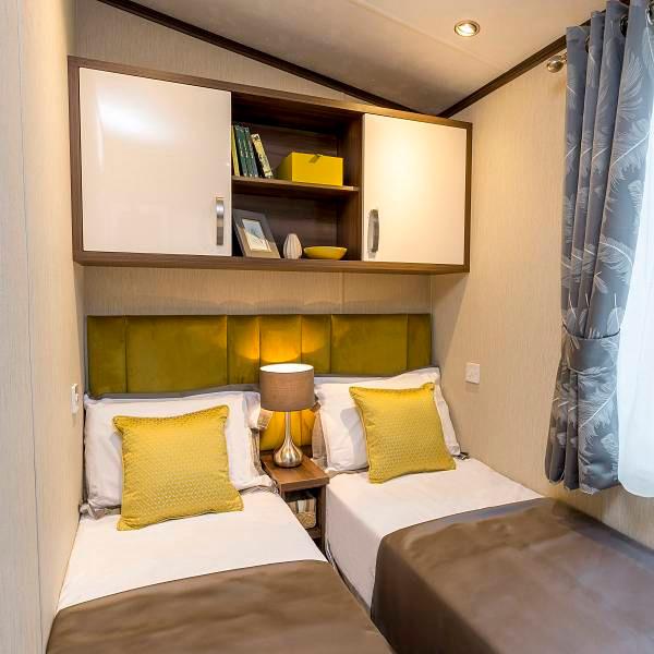 Park Lane Luxury Lodge by Pemberton bedroom picture
