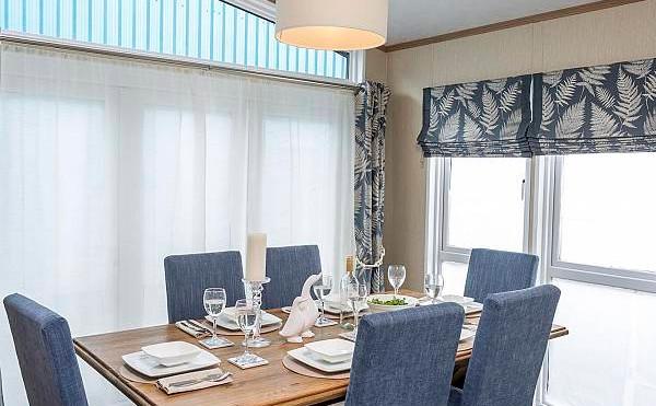 Pemberton Glendale Luxury Lodge dinning